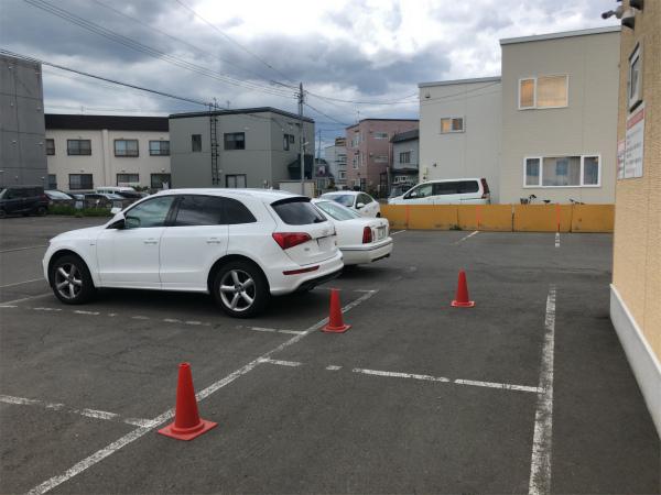 麺屋 彩未 駐車場