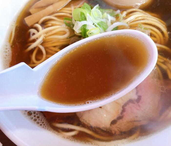 煮干し正油 スープ