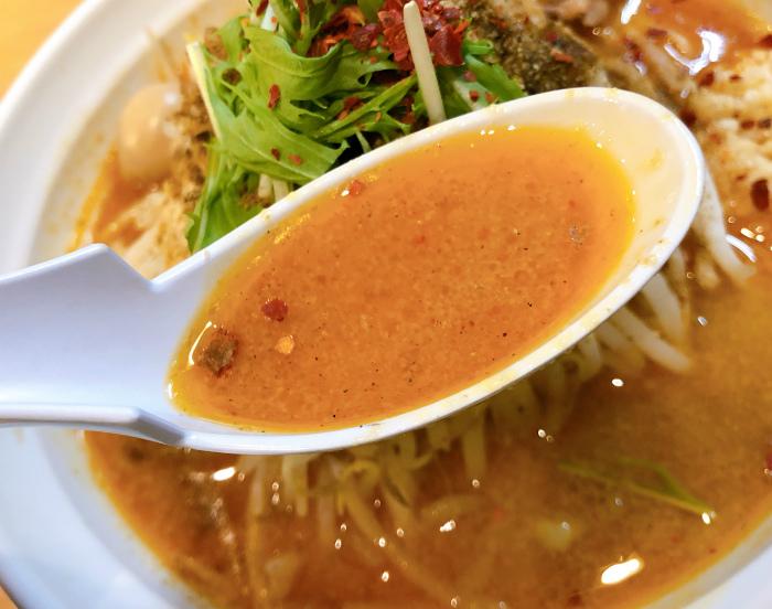 らー麺シャカリキ 限定:ゴマ味噌-カラシビ-  スープ