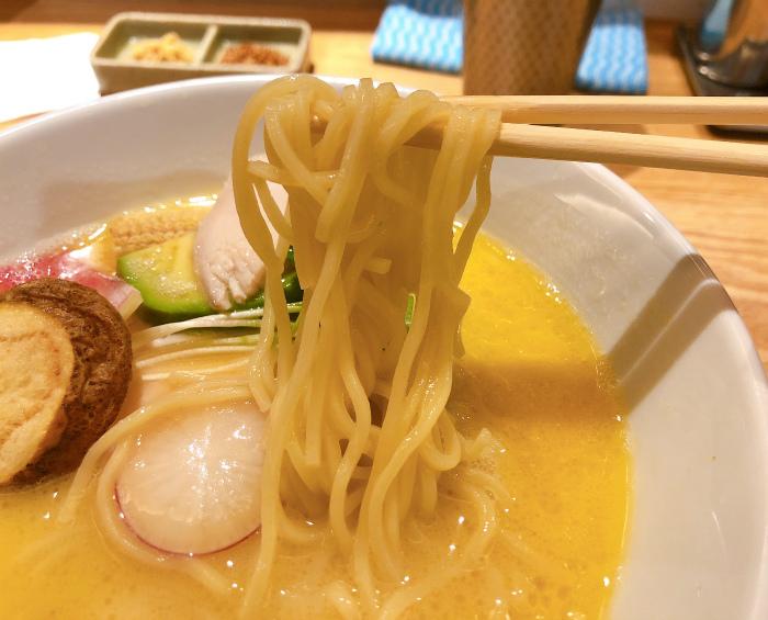 鶏白湯Soba 麺