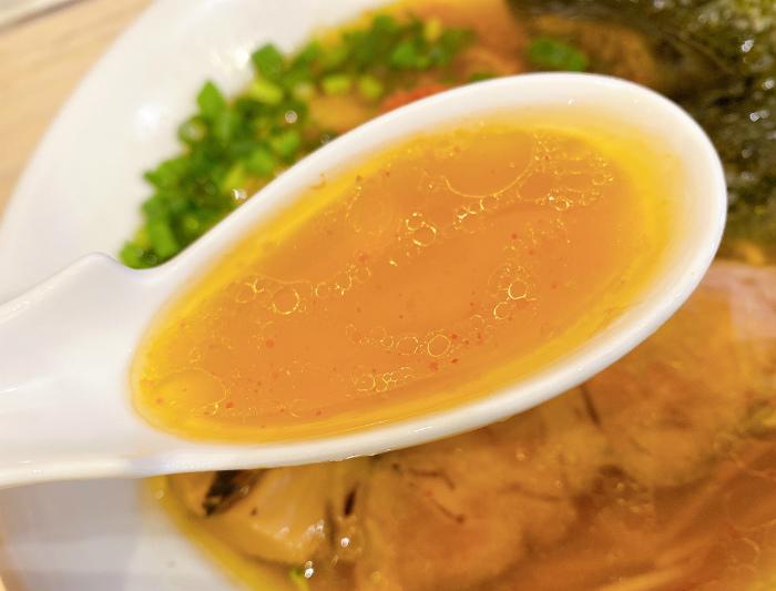 中華そば スパンキー 醤油らーめん スープ