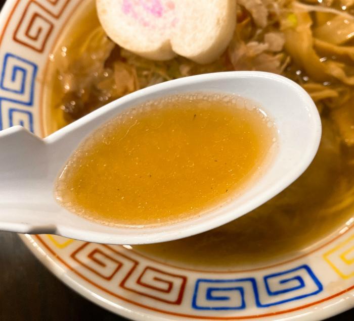 餃子と麺 いせのじょう 桑園高架下店で追いがつおラーメン