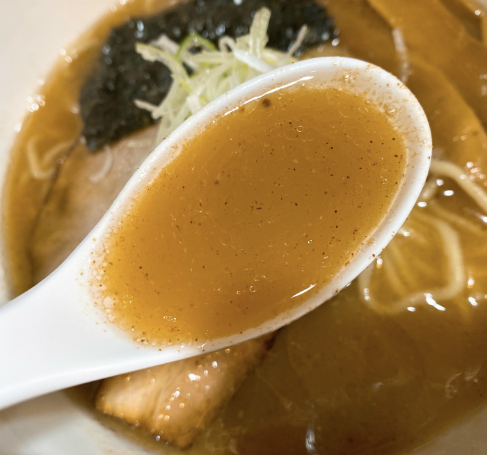 らーめん心繋 濃厚 スープ