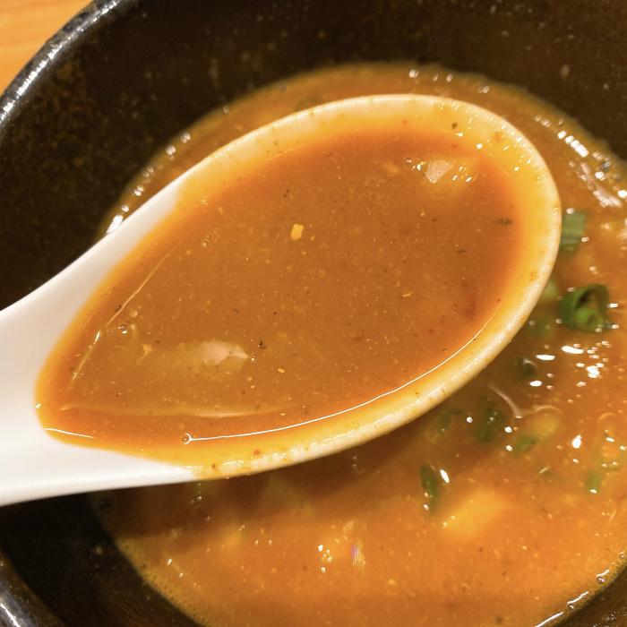 限定:辛味噌の煮干しつけ麺 つけ汁