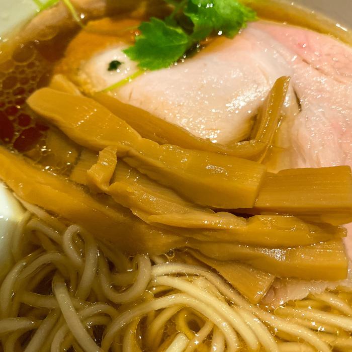 Japanese Ramen Noodle Lab Qで醤油らぁ麺 メンマ