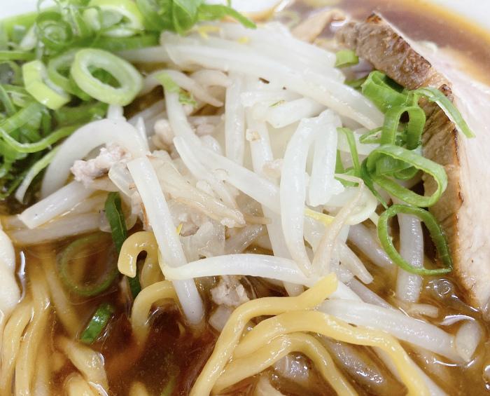 麺屋 彩未 辛醤油らーめん 炒め野菜
