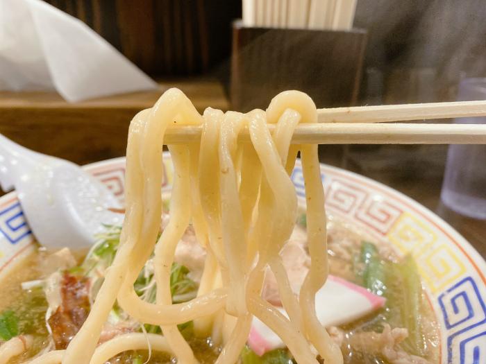 かしわラーメン 麺